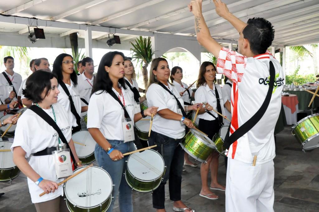 atividade escola de samba corporativa