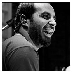 Fernando Baggio - Mestre Adamastor - Atividade Escola de Samba, Dinâmicas, Treinamentos, Palestras, Shows, Workshops, Team Building e Eventos